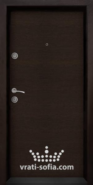 Блиндирана входна врата Ale 403, цвят Венге