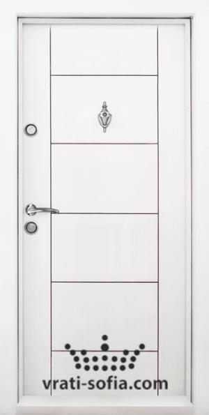 Блиндирана входна врата Т102, цвят Бял