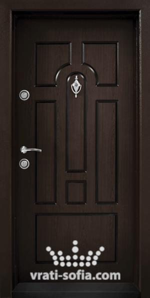 Входна блиндирана врата Т108, цвят Тъмен Орех
