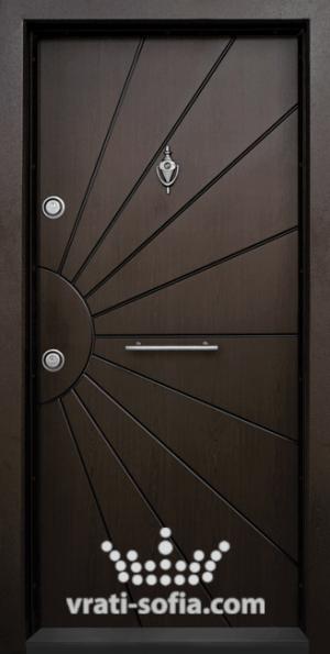 Блиндирана врата Т109, цвят Тъмен Орех