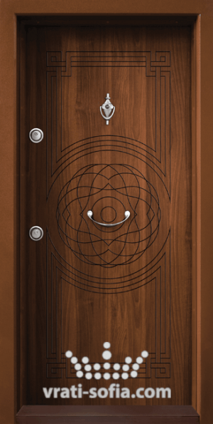 Блиндирана входна врата Т110, цвят Златен дъб