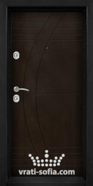 Блиндирана врата T 909