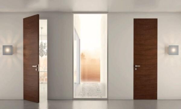Какви видове покрития се предлагат при интериорните врати?
