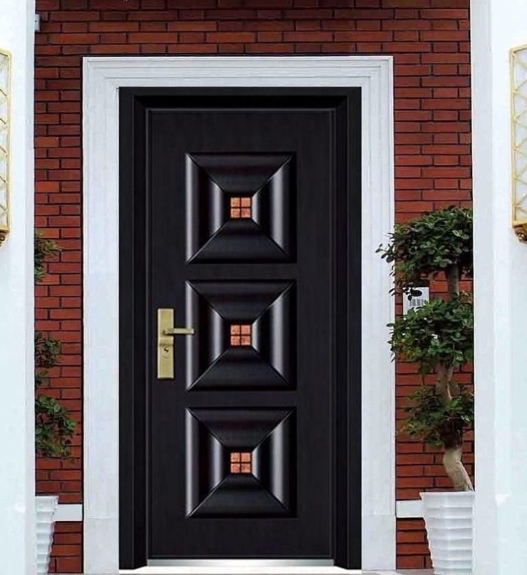 Защо да избера блиндирана входна врата?